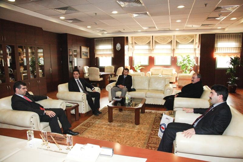 Eğitim-Bir-Sen'den Sultanbeyli Belediye Başkanlığı Ziyareti