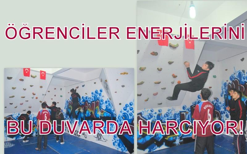 Öğrenciler enerjilerini bu duvarda harcıyor!