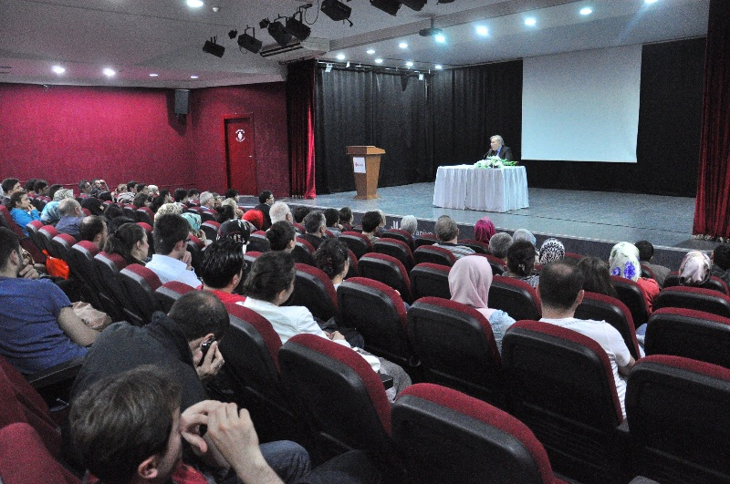 Ümraniye'de Kasım Ayı Kültürel Etkinliklerle Dopdolu