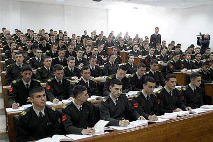 Askeri okul borçları taksitlendirilecek