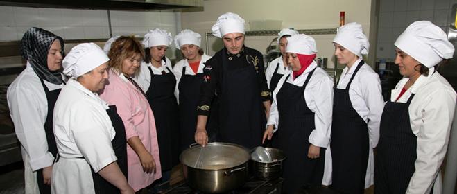 Kartal Belediyesi Aşçılık Okulu Devam Ediyor