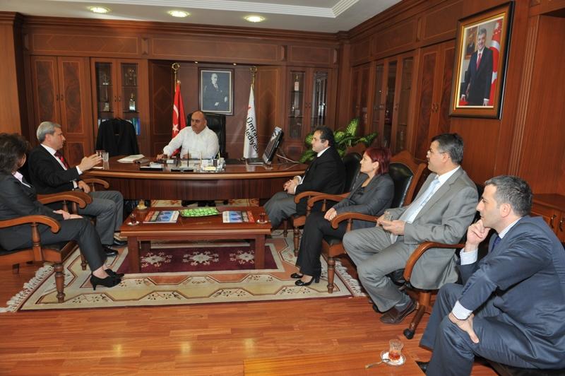 Ümraniye Eğitim ve Araştırma Hastanesi Yönetimi, Başkan Hasan Can'ı Ziyaret Etti