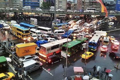 Trafikte sorumluluk hareketi büyüyor