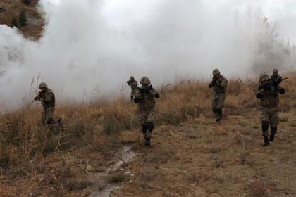 PKK'lılar mağarada kıstırıldı