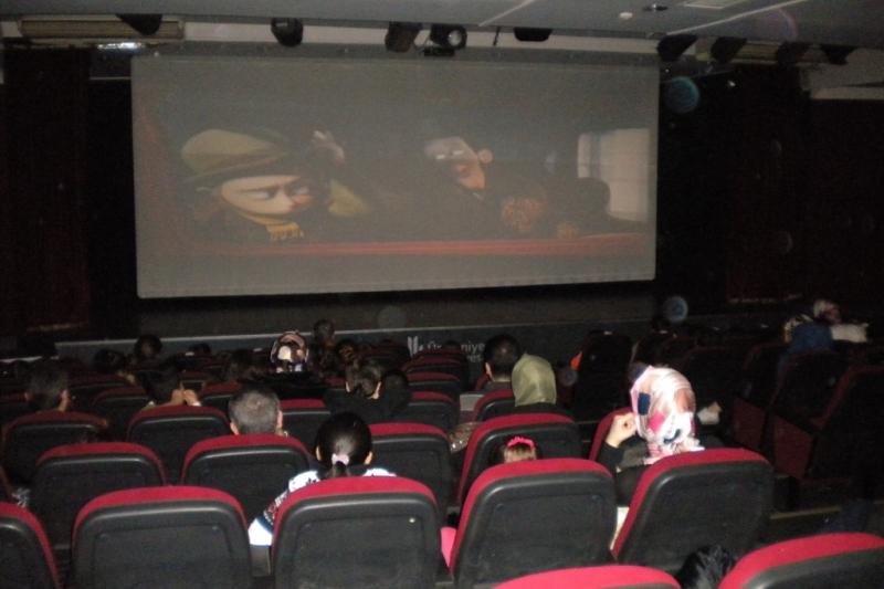 Vizyondaki Filmler Kültür Merkezlerinde Seyircisi Ile Buluşmaya Devam Ediyor