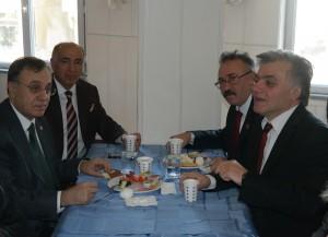 Mustafa Çolak CHP'yi Kahvaltıda Buluşturdu