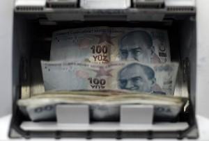 Bankalarda unutulan paranın hesabı yok