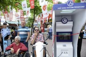 Maltepe Belediyesi'nden engelliler için bir ilk daha