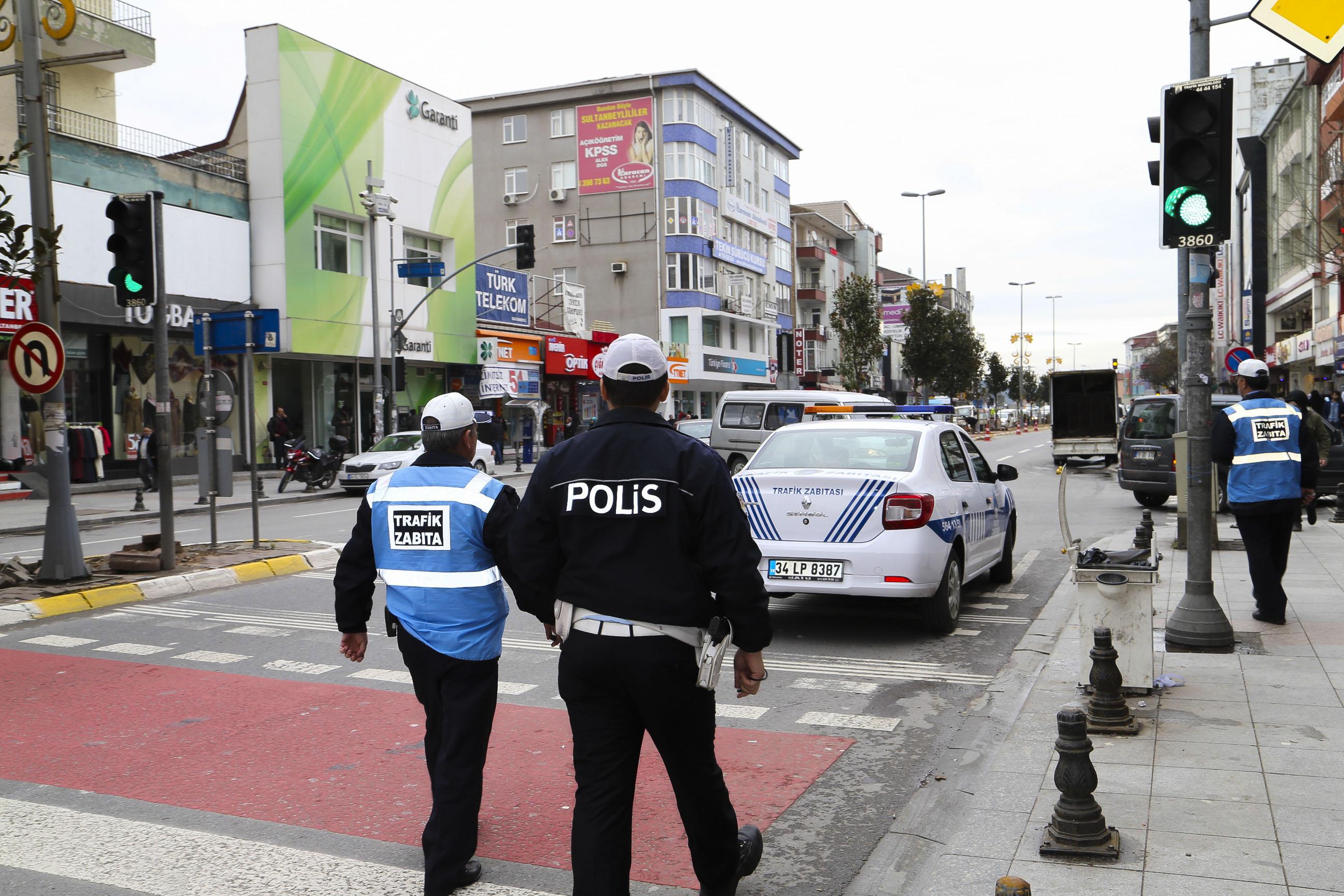 Polis Zabıta Birlikteliği Trafiğe Çözüm Olacak