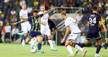 Fenerbahçe ilk yarı uçtu, ikinci yarı durdu