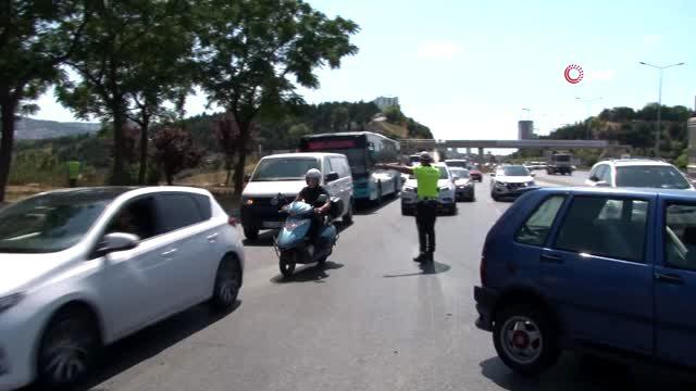 Küçükyalı da otomobil ile minibüs çarpıştı: 1 yaralı