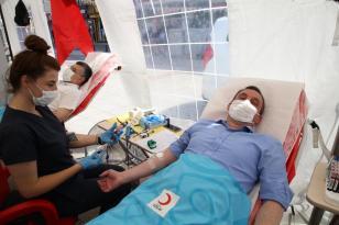 AK Parti'den Kan Bağışı Seferberliği