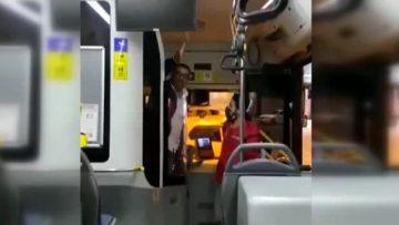 """""""PİS SARHOŞLAR"""" DEYİP YOLCUYU İNDİRMEK İSTEDİ"""