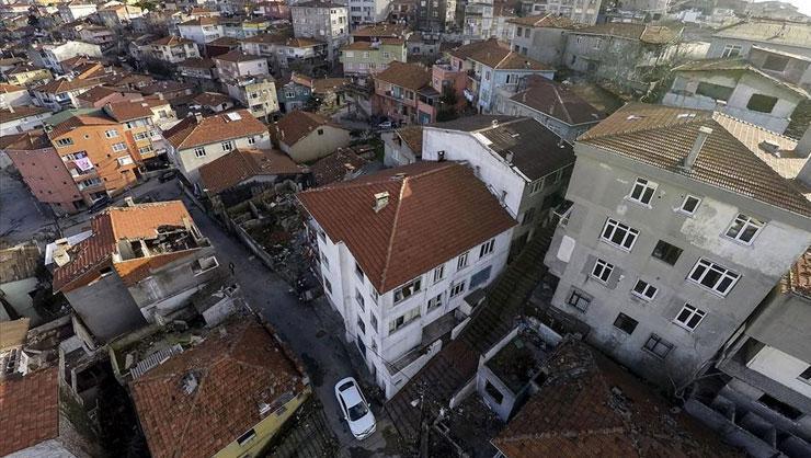 FİKİRTEPE'DE 6 BİN EV VE İŞ YERİNE 'EVLERİ BOŞALTIN' TEBLİGATI