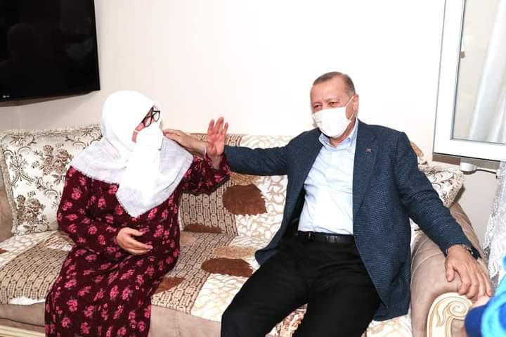 CUMHURBAŞKANI ERDOĞAN SULTANBEYLİ'DE ZİYARETTE BULUNDU