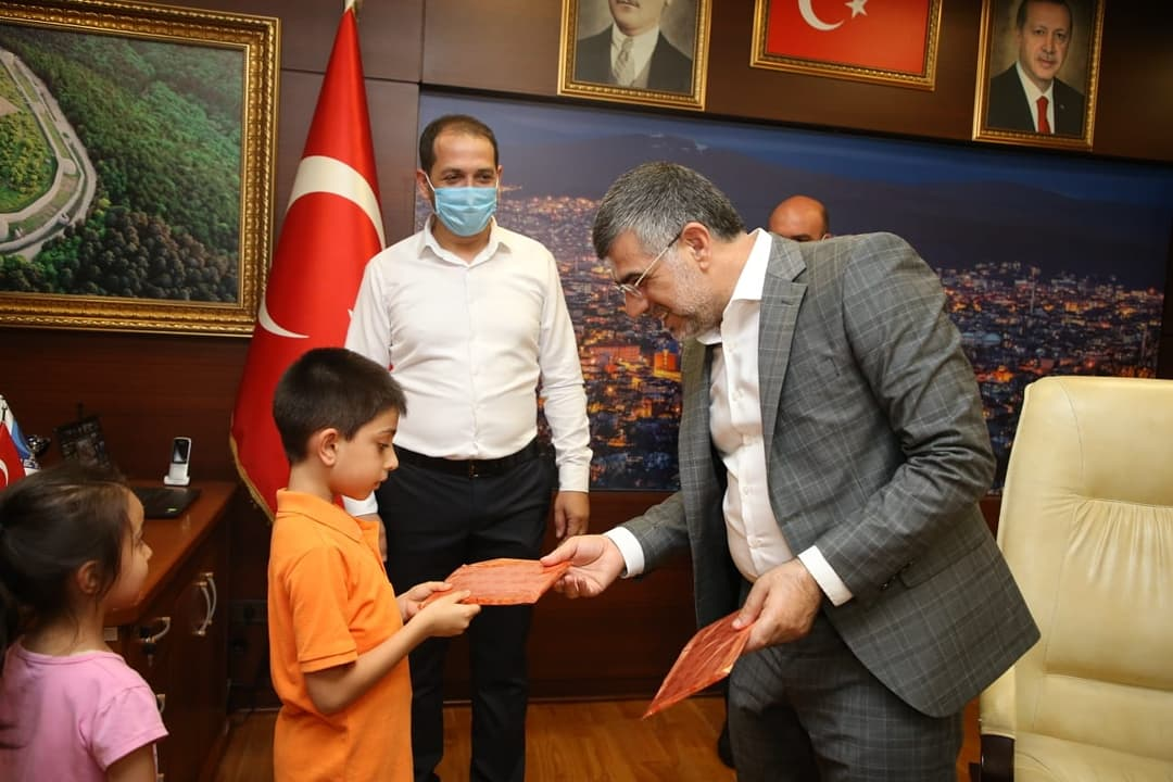 SULTANBEYLİ'DE BAYRAMLAŞMA